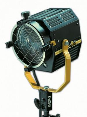 Fresnel 650 W